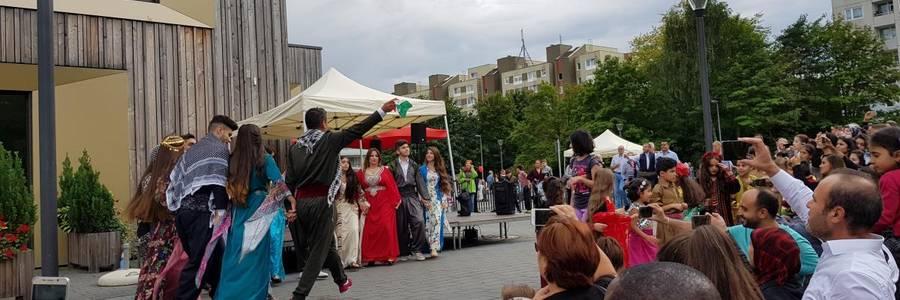 Buntes und interkulturelles Bühnenprogramm